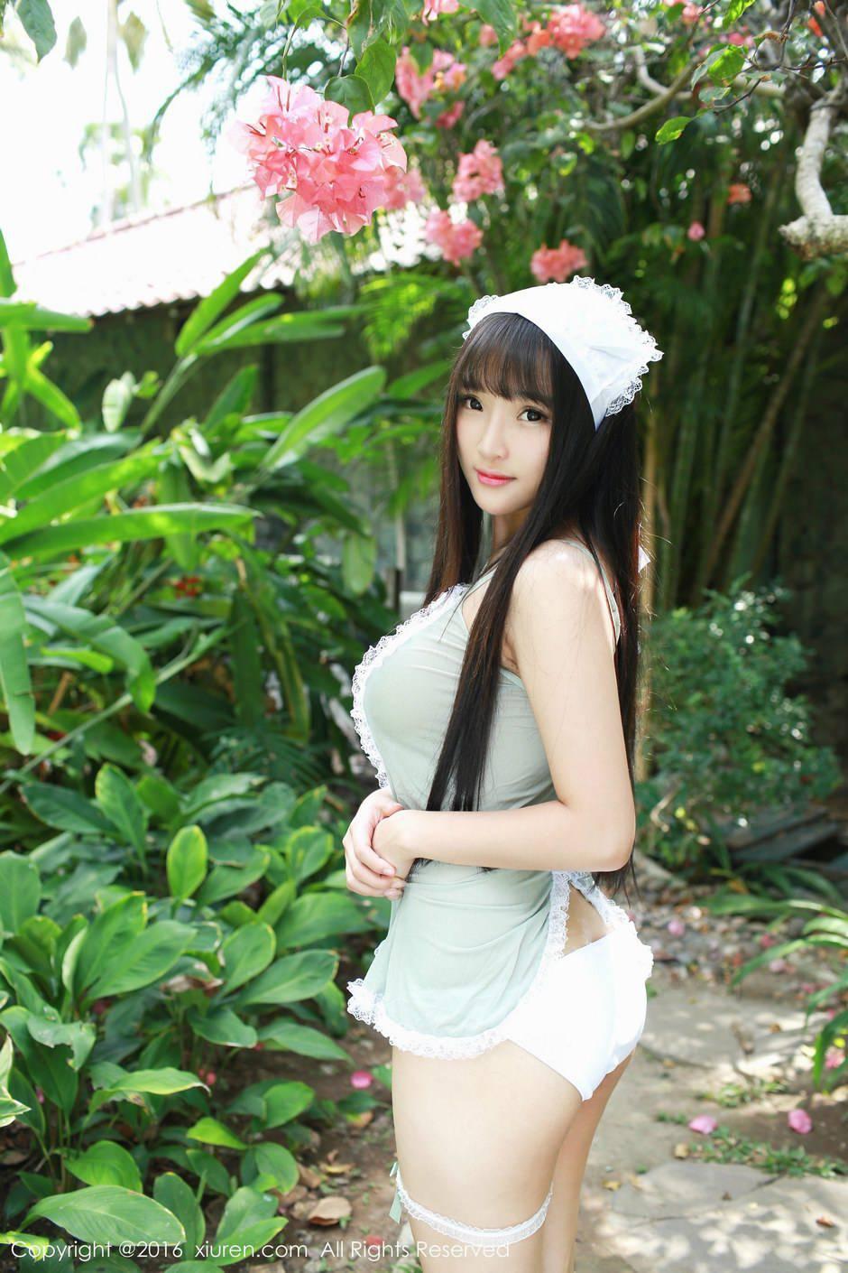 夏瑶写真图片_夏瑶baby靓丽迷人室外女仆写真_关注网图库